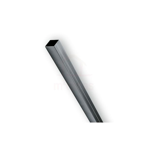 Coluna de aço em chapa dobrada